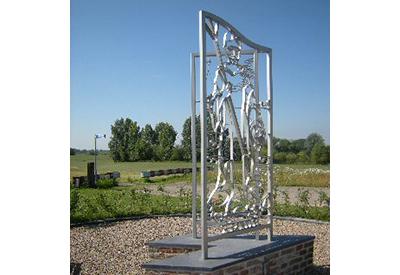 Monument van Ludger waar hij de IJssel overtrok